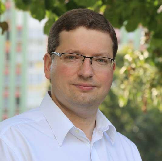 Dr. Schmuck Roland
